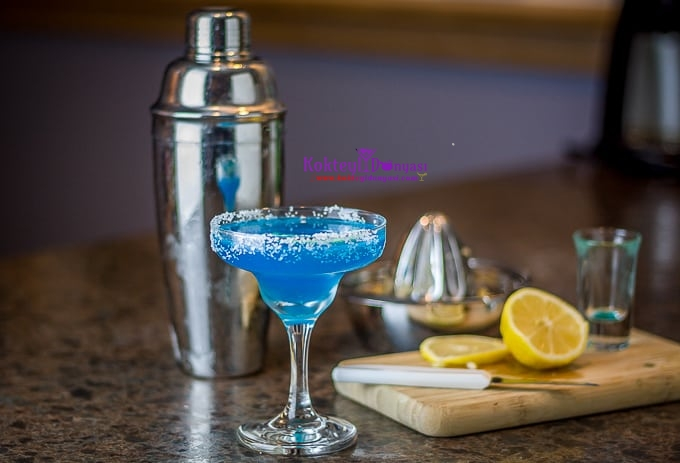 blue-margarita-680-2-1.jpg