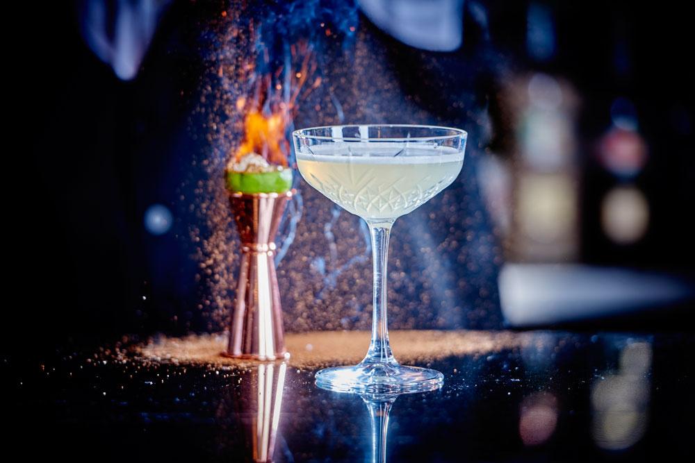 pale-cocktail.9784e596a39b758dc9d8f345772b8d7c.jpg